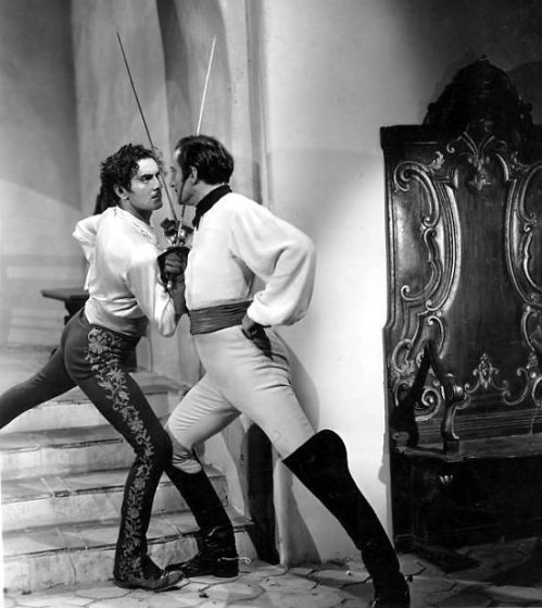 tyrone-power-and-basil-rathbone-in-the-mark-of-zorro-1353203318_org